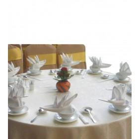 Runde Tischdecke mit Spitze
